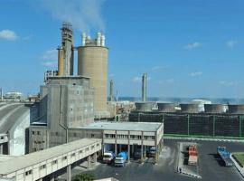 هل تصيب لعنة «كورونا» القطاع الصناعي؟