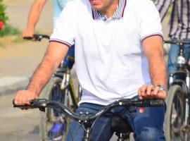 وزير الشباب والرياضة يقود ماراثون الدراجات بجامعة مصرللعلوم