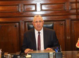 وزير الزراعة: مخاطبة البنك الزراعي لبحث حالات الفلاحين المتعثرين