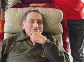 """دعوى قضائية لإعادة إسم """"مبارك"""" بالمترو والميادين والمنشآت"""