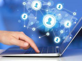 وزير الاتصالات : ذروة استهلاك الإنترنت في مصر قفزت إلى 15 ساعة في اليوم