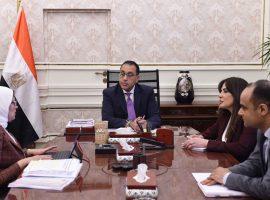 «للصالح العام».. مجلس الوزراء يمد خدمة 502 طبيب بشري بلغوا 60 عامًا