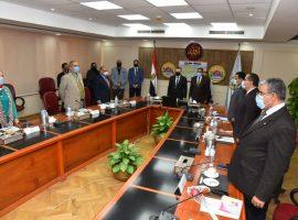 «جامعة مطروح» يعقد اجتماعه الـ 30 ويناقش تأسيس مركز إنتاج الحرير