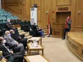 «مصر» تنقل خبراتها في علاج المصابين بـ«كورونا» إلى السودان