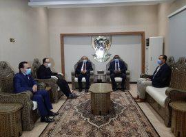 وزير التموين يعرض التجربة المصرية في توفير السلع وضبط الأسواق على السودان