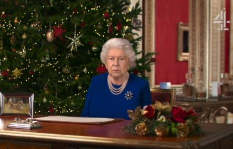 """BBC لا تتيح لي التحدث بصراحة"".. سر أغرب ظهور تلفزيوني لملكة بريطانيا"