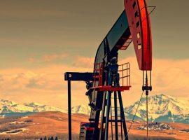 سعر البترول يصعد لأعلى مستوى فى عام مع تزايد عمليات شراء النفط