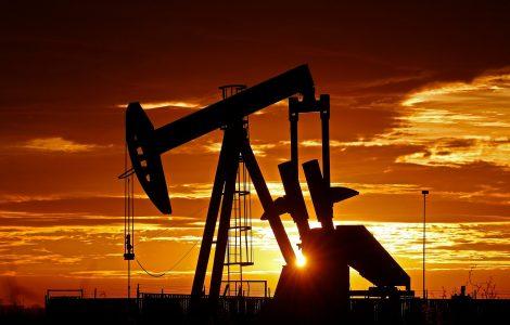 أسعار البترول تقفز 10% في يومين لأعلى مستوى منذ يناير 2020