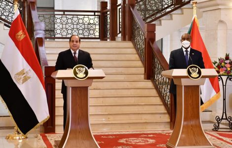 «تطابقت رؤانا حول رفض السعي للسيطرة على النيل» .. نص كلمة الرئيس بالمؤتمر الصحفي في السودان